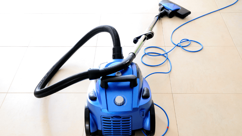 Best Vacuum With Retractable Cord