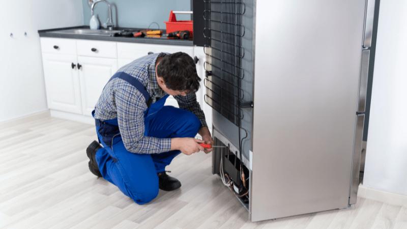 can a refrigerator compressor overheat